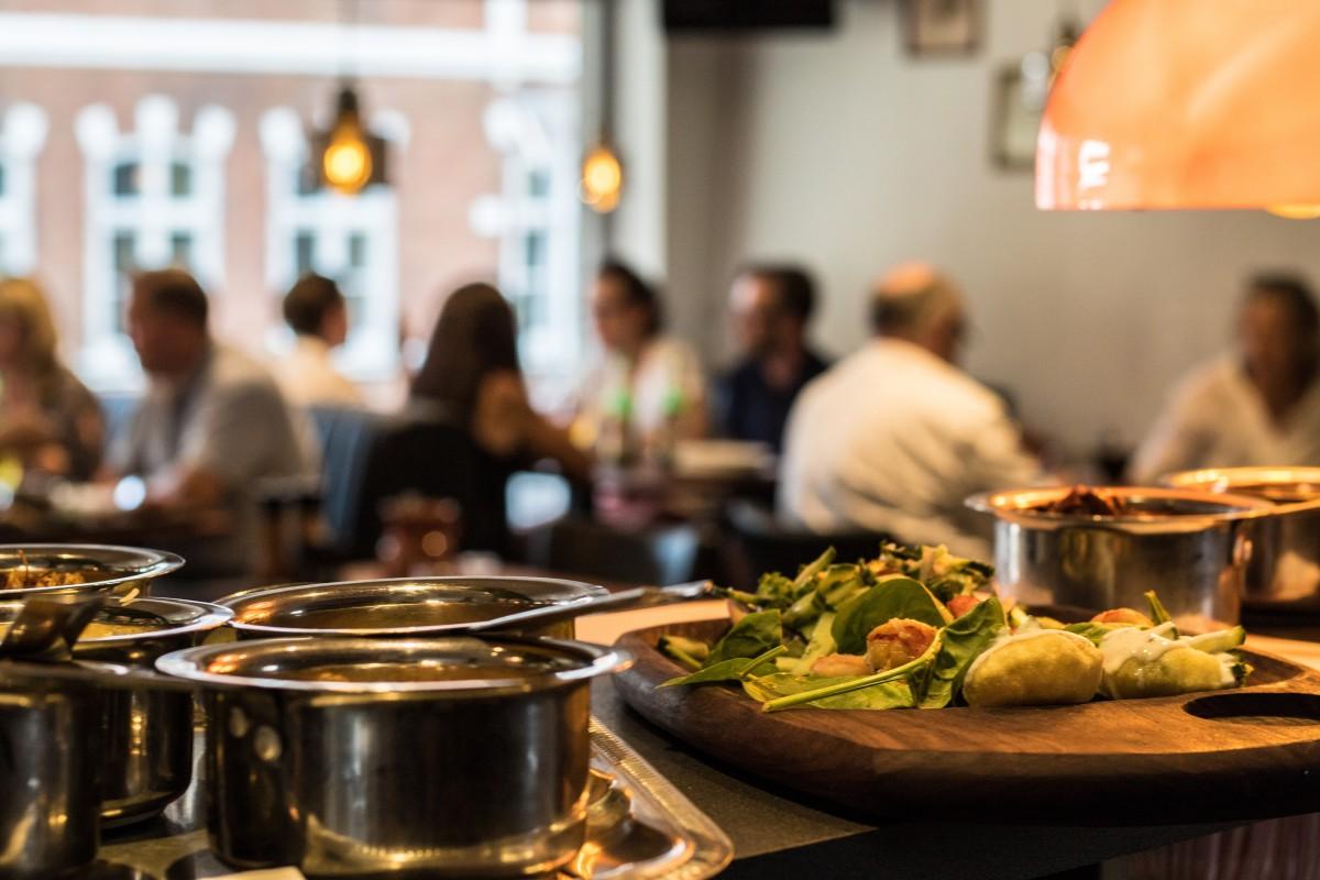 Obligaciones de los clientes en los restaurantes