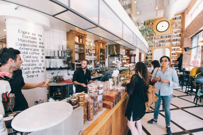 Estrategias para mejorar el trato al cliente de tu restaurante