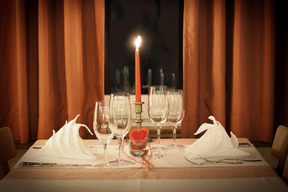 Cómo diseñar un restaurante romántico